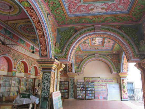 Top 10 Must Visit Libraries in India | CollegeDekho